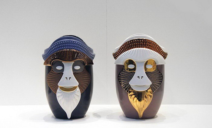 Вазы-головы обезьян: работы Elena Salmistraro