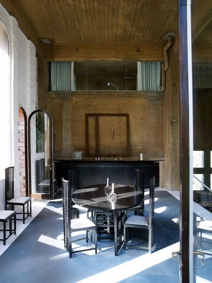 Особняк из цементной фабрики: безумный проект Ricardo Bofill