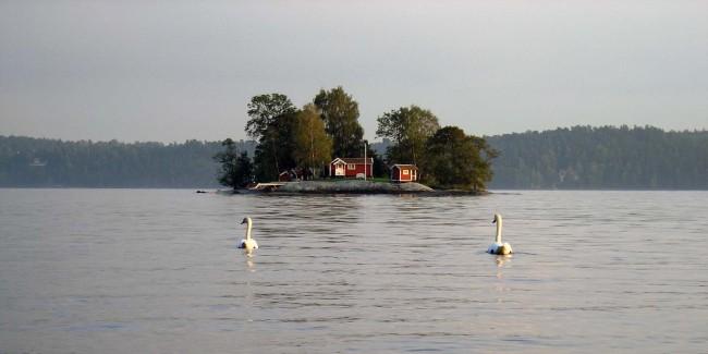 Предприниматель предлагает арендовать личный остров на отпуск