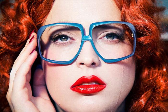 Яркие женщины в фотографиях Nadia Lee Cohen