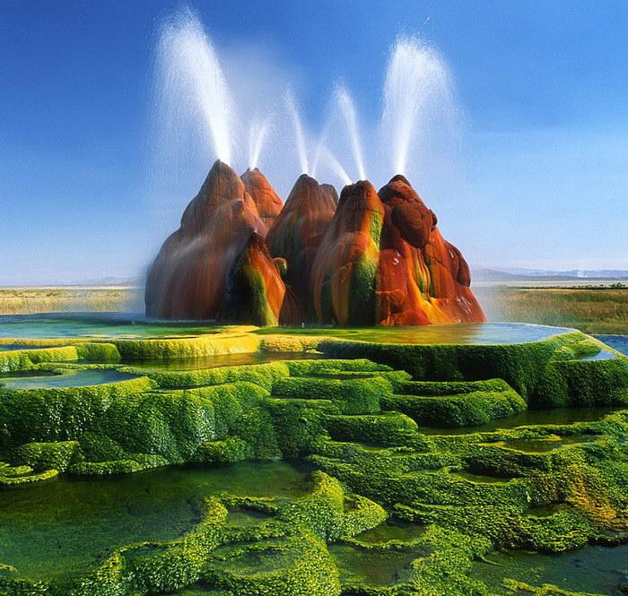 25 необычных мест Земли