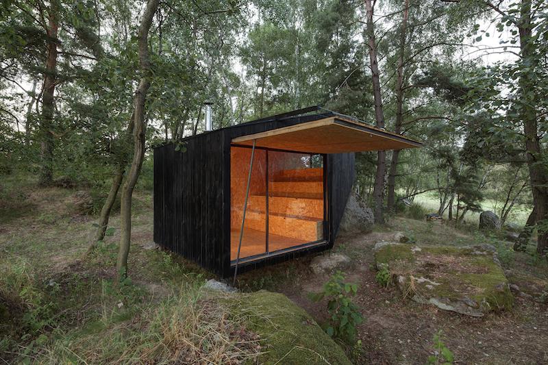 Маленький домик в лесу своими руками 44