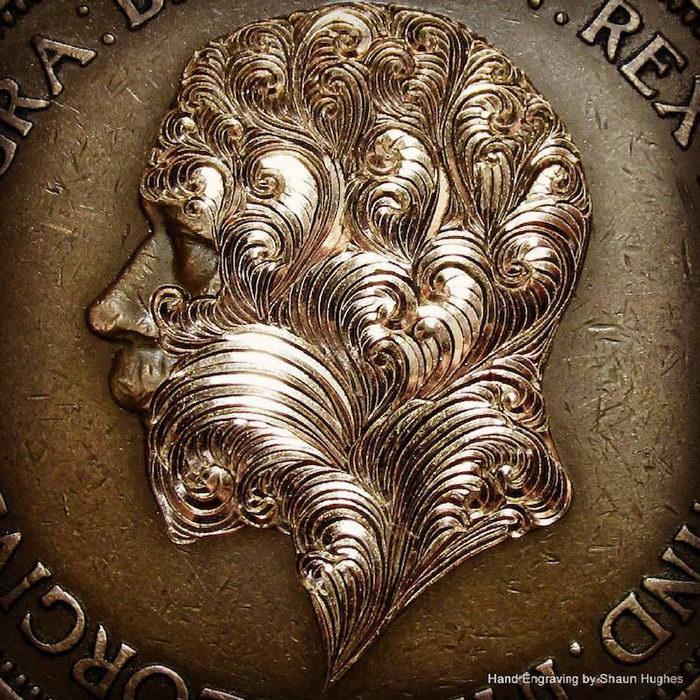 Цветы на старых монетах: работы Shaun Hughes