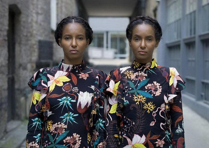 Такие разные и такие одинаковые: близнецы в снимках Peter Zelewski