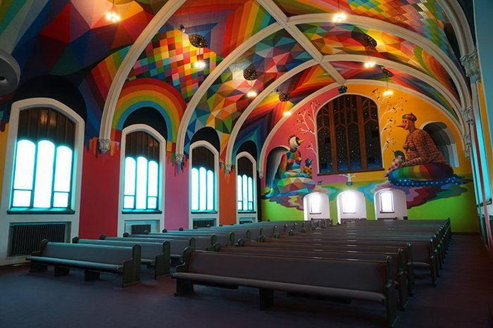 Международная церковь Марихуаны: граффити Okuda San Miguel