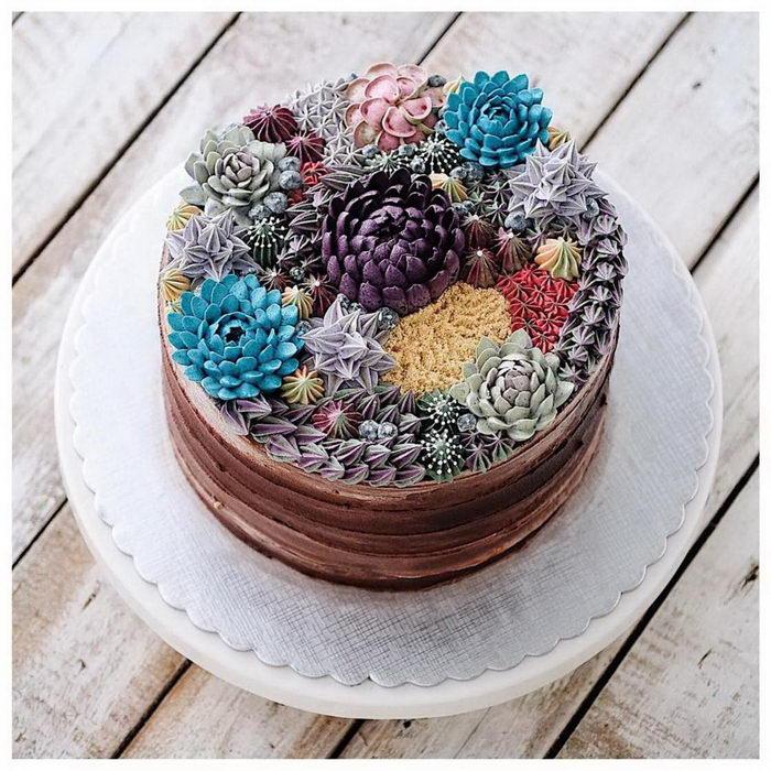 Яркие цветущие торты Iven Kawi