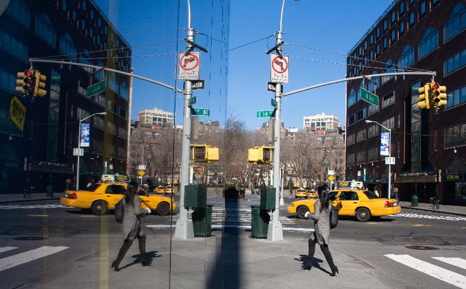 Отражения Нью-Йорка
