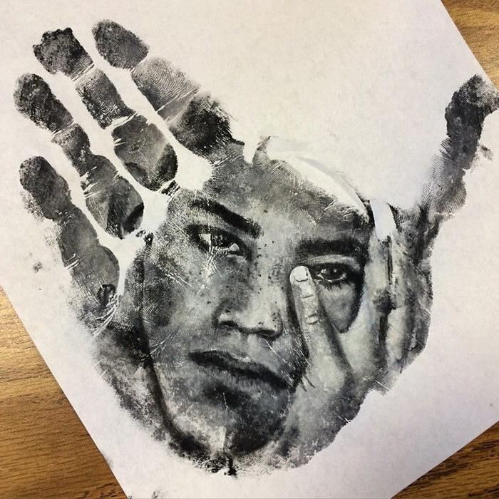 Портреты на руках Russell Powell