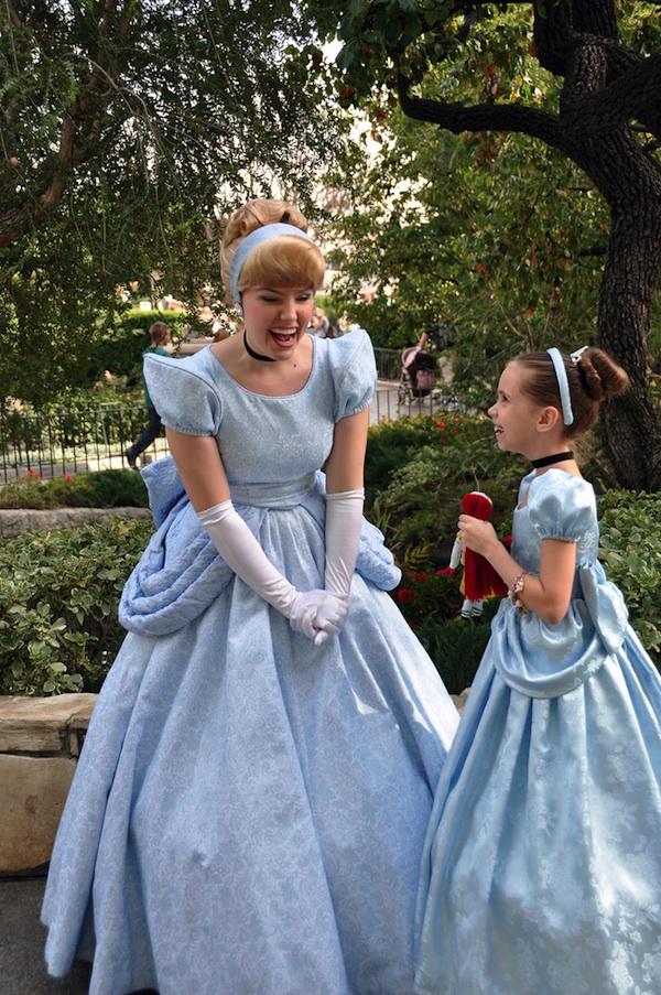 Милые костюмы Disney