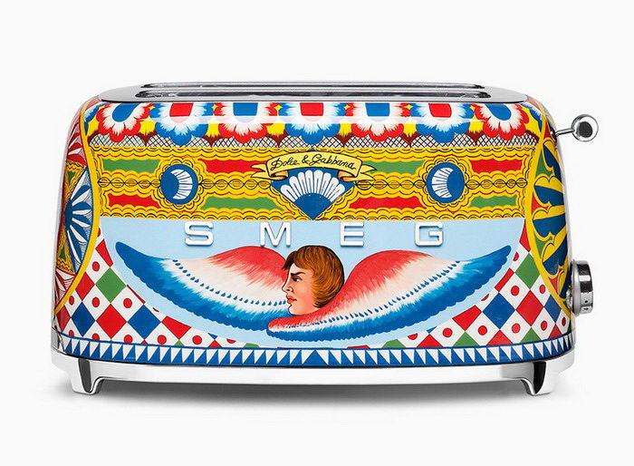 Яркие кухонные приборы Dolce & Gabbana и Smeg