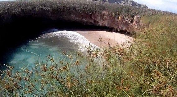 Тайный пляж островов Мариетас