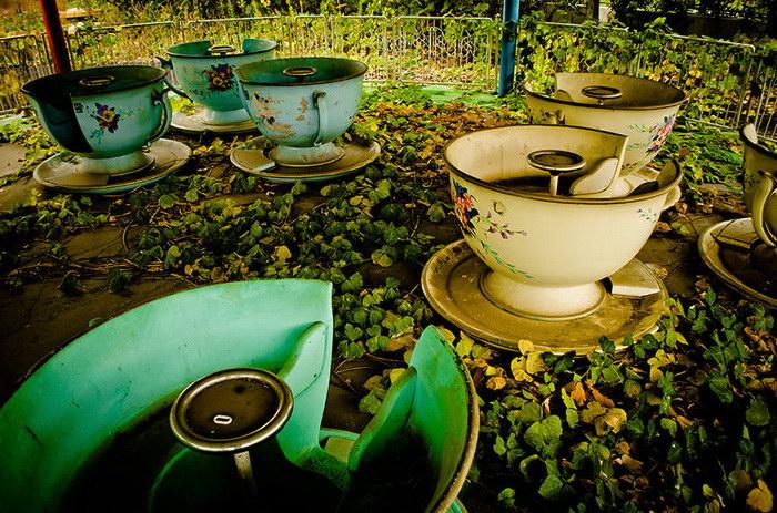 Заброшенный парк развлечений Nara Dreamland