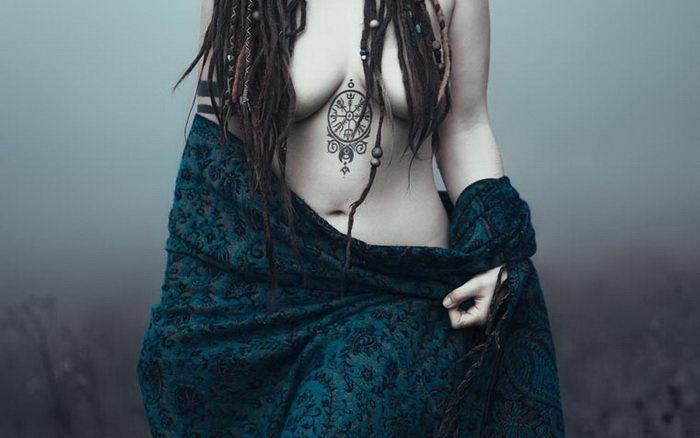 Нежные и мистические фотографии Charlotte Grimm
