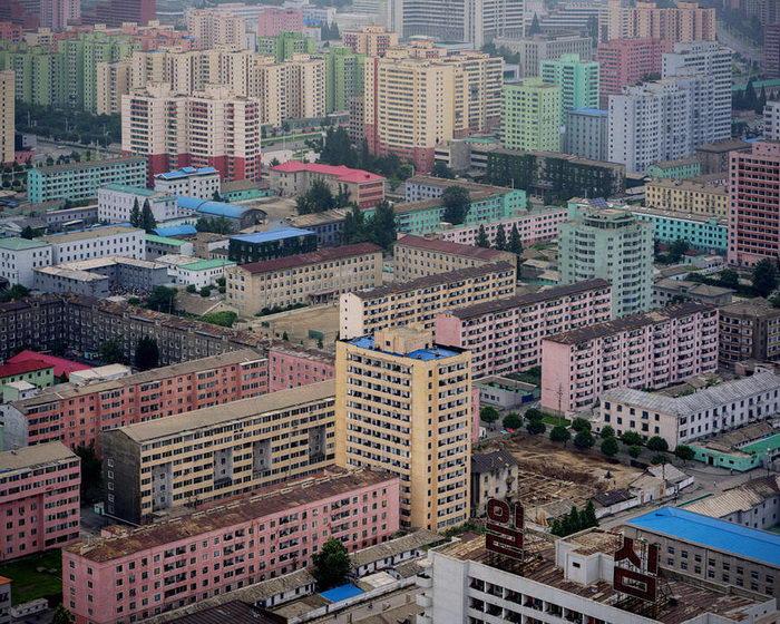 Архитектура Северной Кореи в фотографиях Raphael Olivier