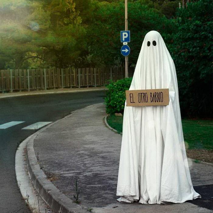 Фотографии из жизни одного привидения