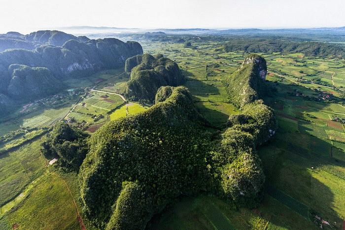 Первая аэрофотосъемка Кубы: фото Marius Jovai?a