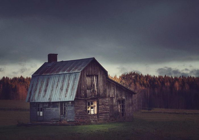 Норвежские заброшенные дома в снимках Britt Marie Bye