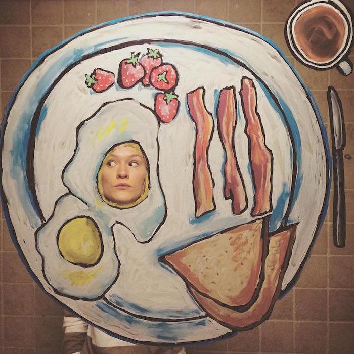 Портреты в разрисованных зеркалах Helene Meldahl