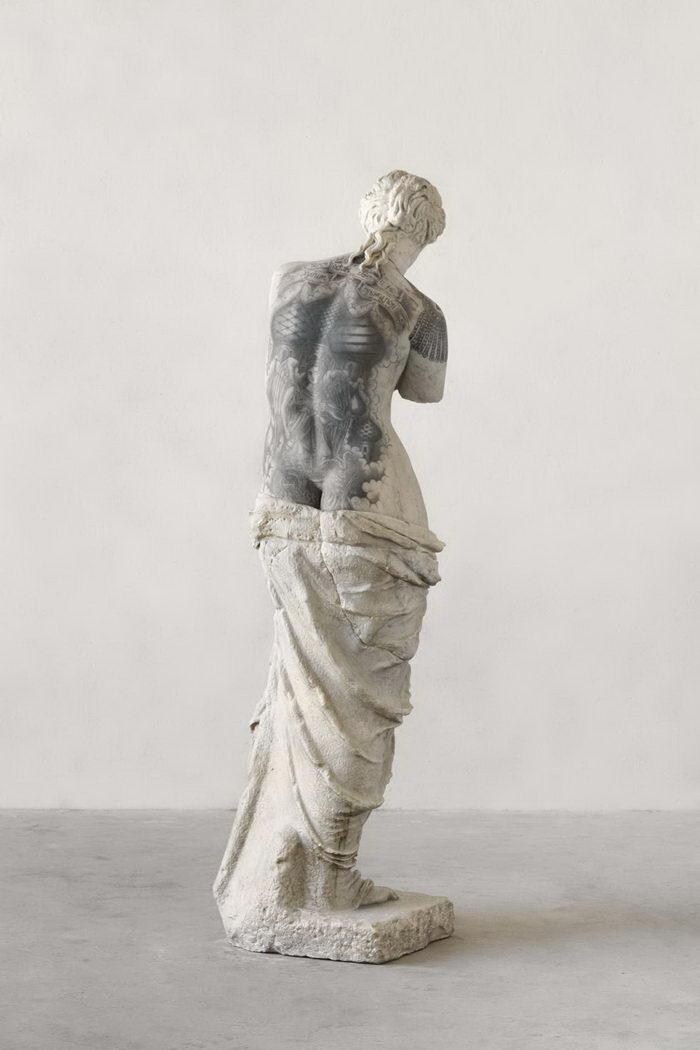 Татуированные скульптуры Fabio Vialle