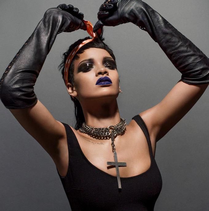 Рианна на обложке модного журнала