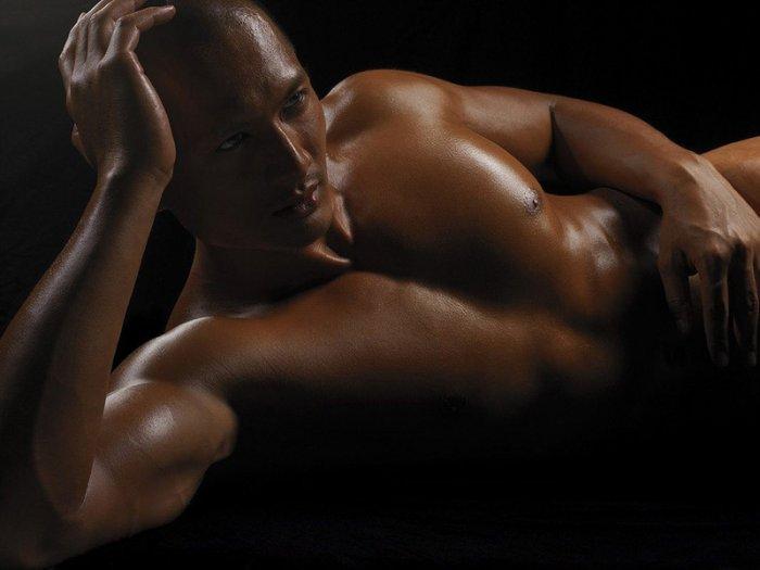 eroticheskie-tela-muzhchin-video