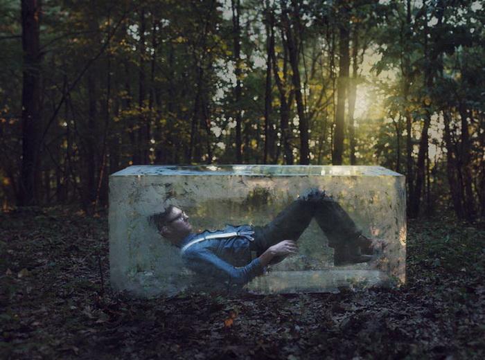 Сюрреалистические фотографии Logan Zillmer