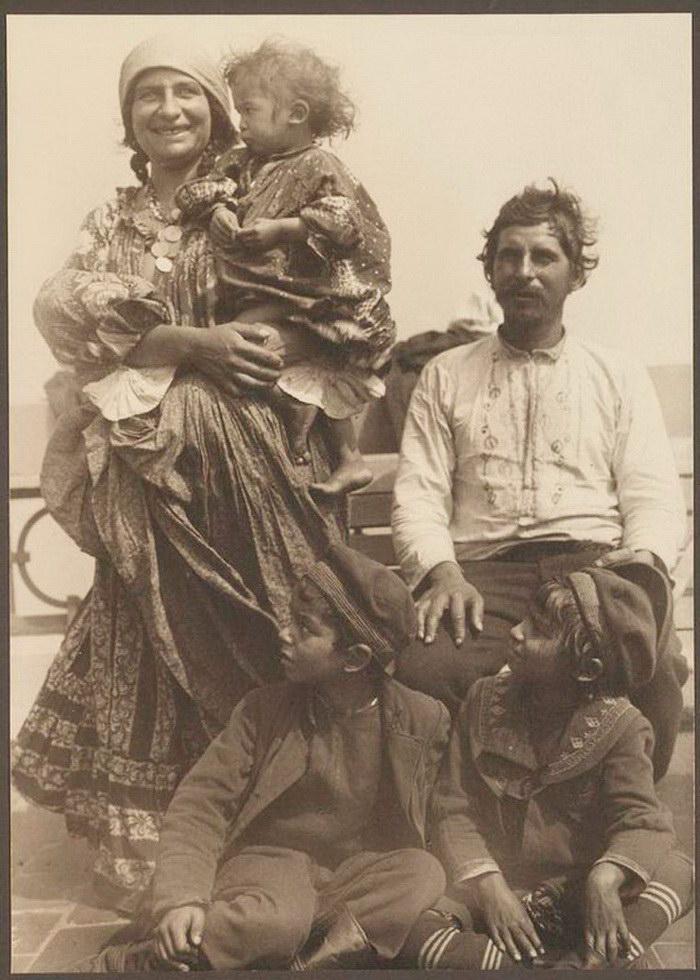 Иммигранты, приезжающие в США: фотографии начала XX века