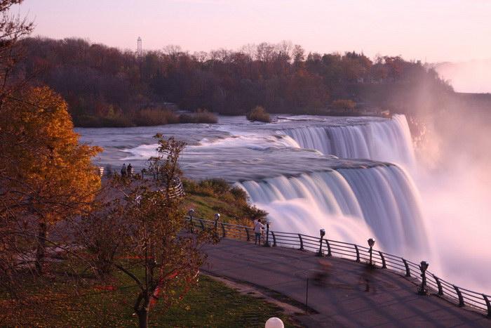 Ниагарский водопад: впечатляющая природная достопримечательность Северной Америки