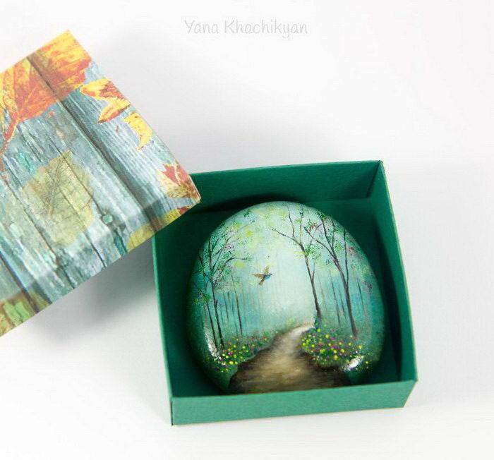 Рисунки на камушках Яны Хачикян