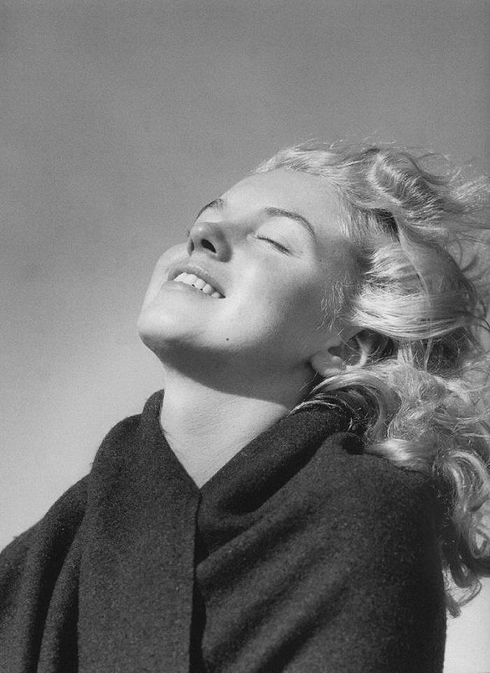 Редкая фотосессия 20-летней Мэрилин Монро 1946 года