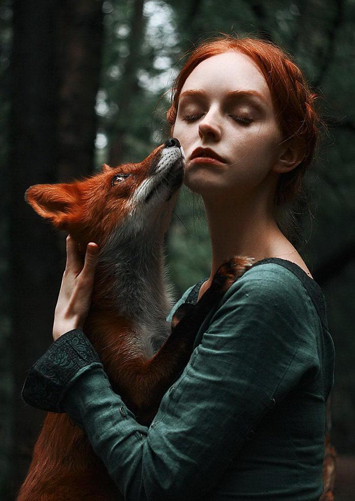 Две лисицы: серия портретов ?Alexandra Bochkareva