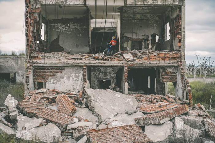 Город Эпекуэн, который 20 лет находился под водой