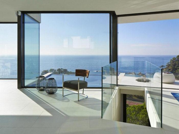 Шикарный дом на берегу моря Anna Podio Arquitectura