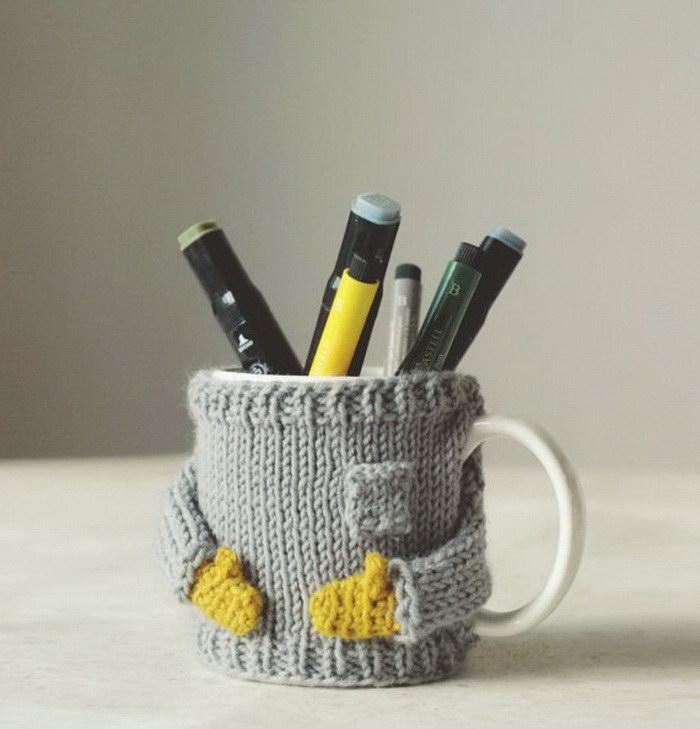 Вязанные чехлы на кофейные чашки