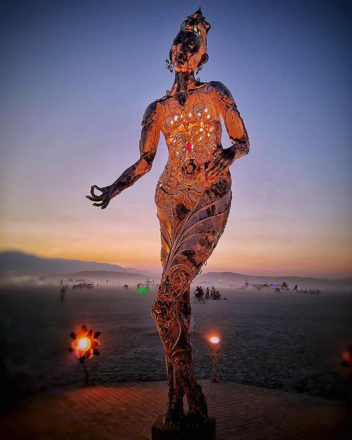 Фестиваль Burning Man 2018 в пустыне Невады