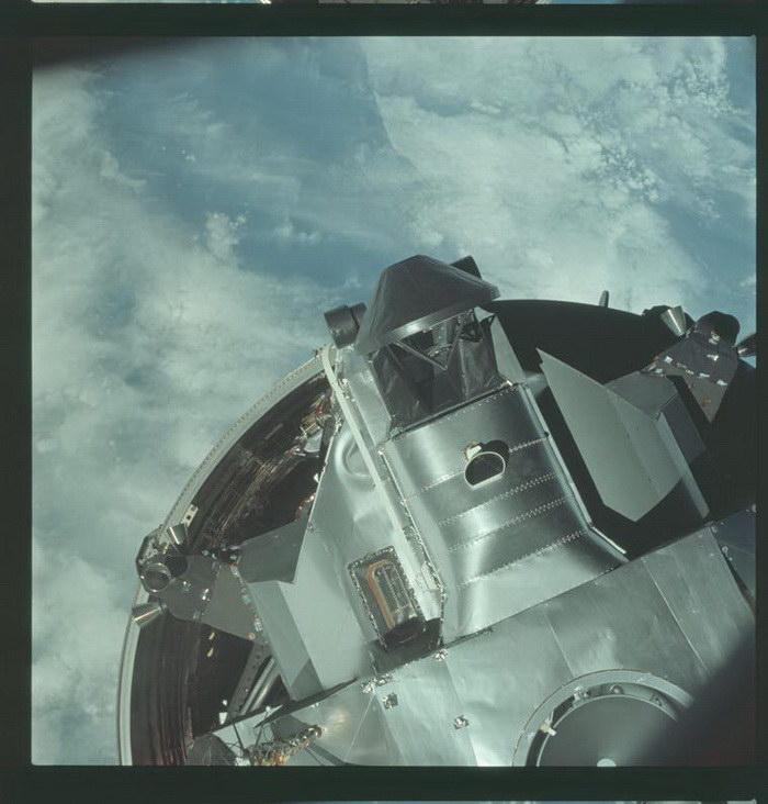 Фотографии миссии «Аполлон», сделанные космонавтами с 1961 по 1975 года