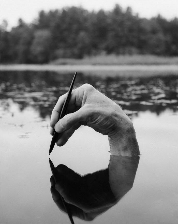 Тело и природа: необычные снимки Arno Rafael Minkkinen