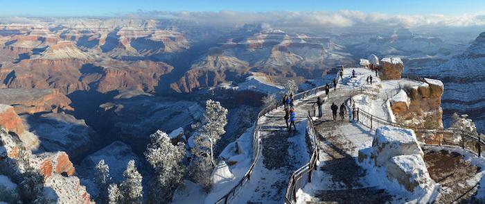Гранд-Каньон в снегу