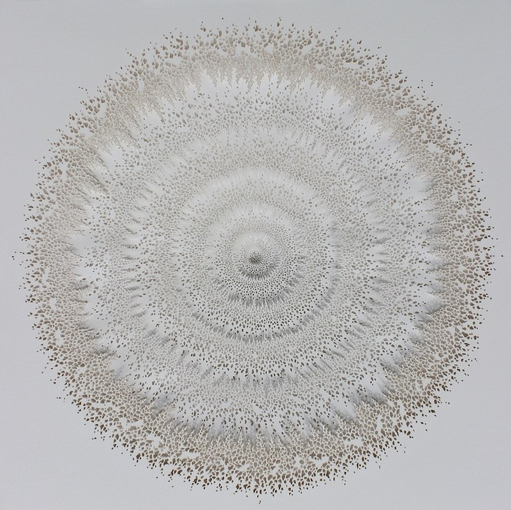Бумажные скульптуры Rogan Brown