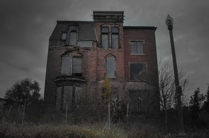 10 домов, в которых происходили убийства и другие ужасы