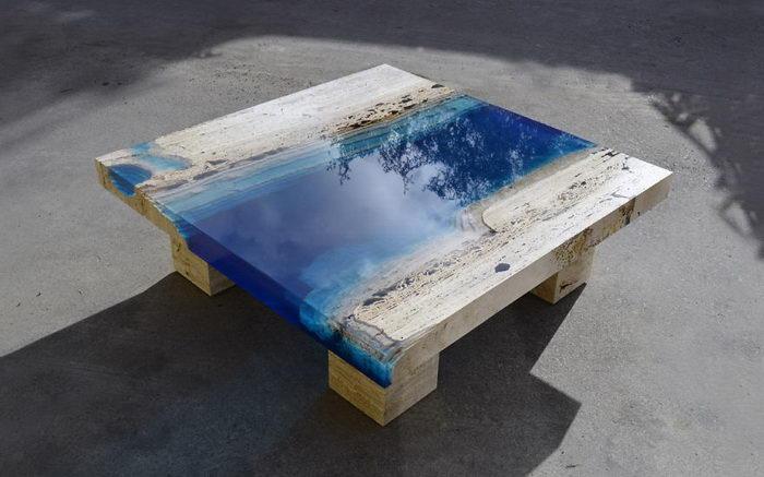 Столы со вставками из смолы Alexandre Chapelin