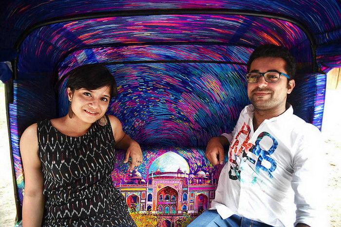 Удивительный интерьер такси в Мумбаи