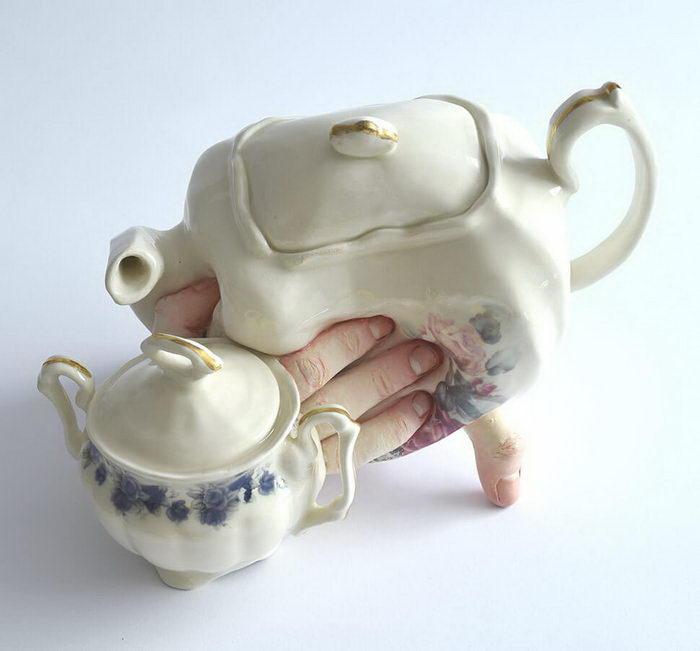Странная керамика Ronit Baranga