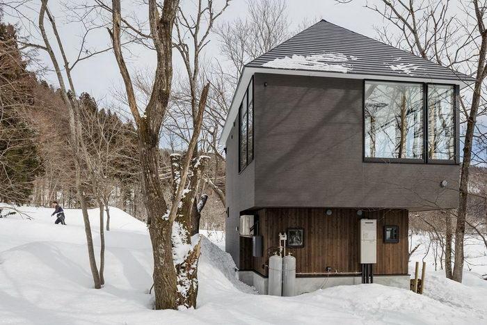 منزل بساطتها في اليابان