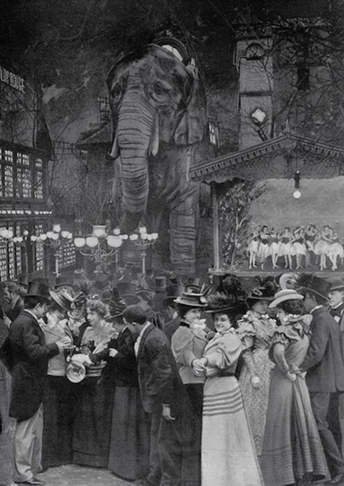 Знаменитый слон из кабаре «Мулен Руж»