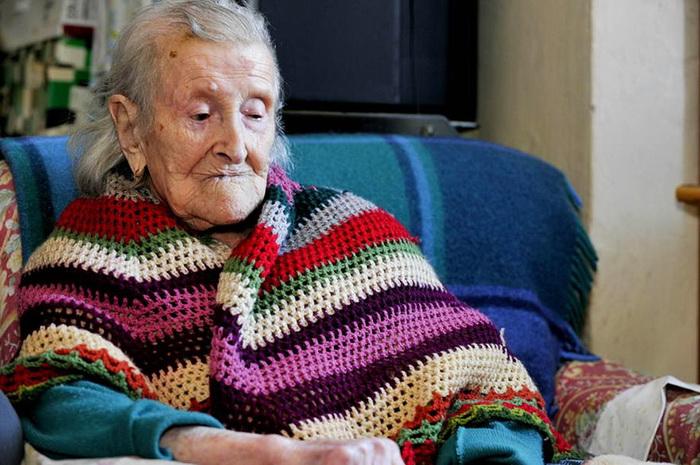 Носил стальное самые старые дамы
