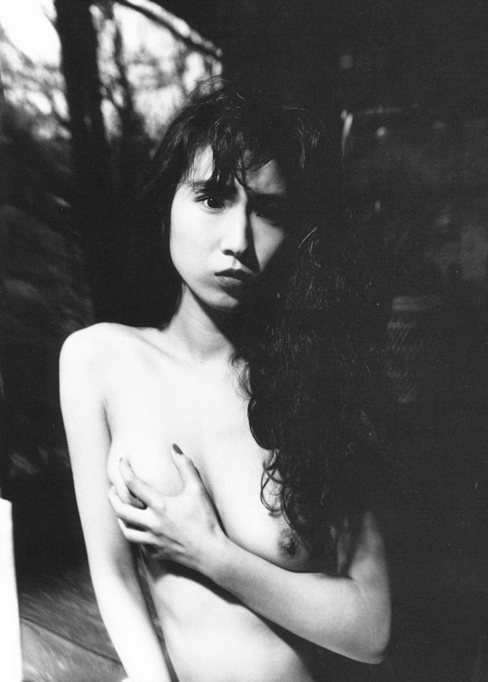 Эротический фотограф Yoshihiro Tatsuki