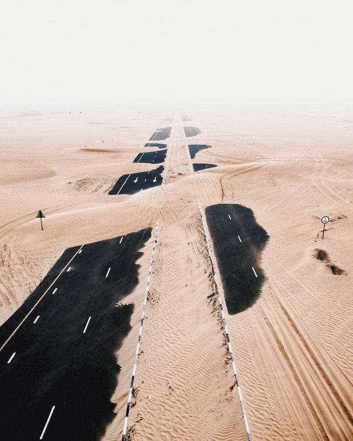 Пустыня берет свое: ОАЭ в фотографиях Irenaeus Herok