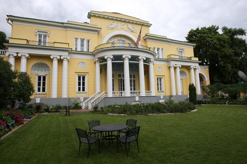 Самые экстравагантные столичные особняки готовы принять гостей