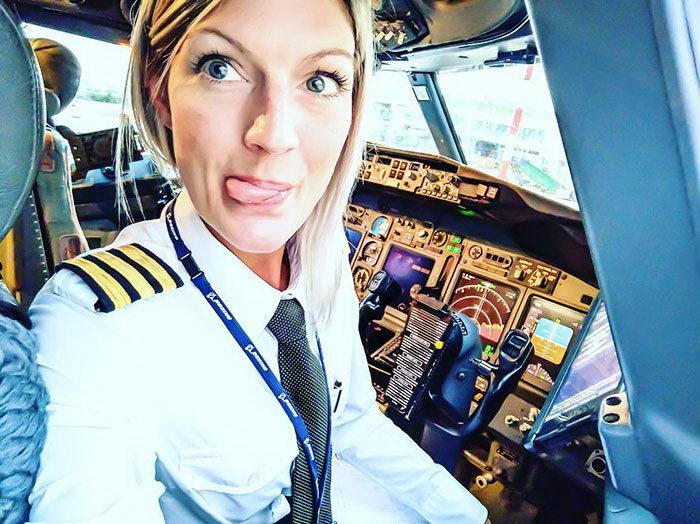 Пилот RyanAir Maria Pettersson и ее солнечный Instagram